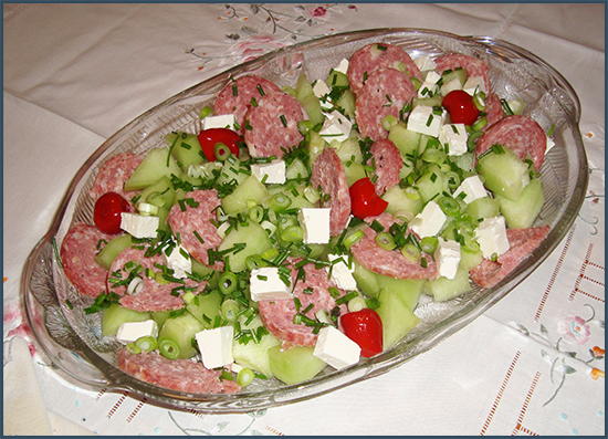 Melon-and-salami-salad-2