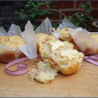 Bacon and parmesan muffins