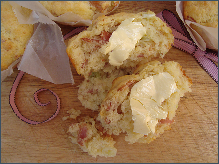 bacon-and-parmesan-muffins-2