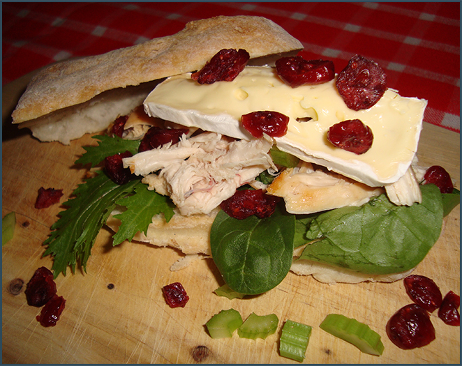 chicken-sandwich-with-dried-cranberries-1