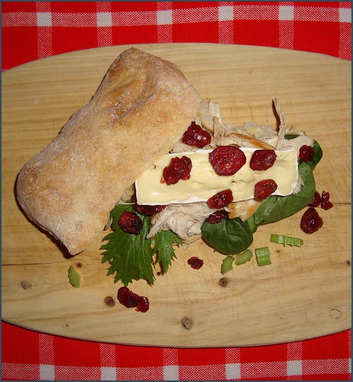 chicken-sandwich-with-dried-cranberries-2