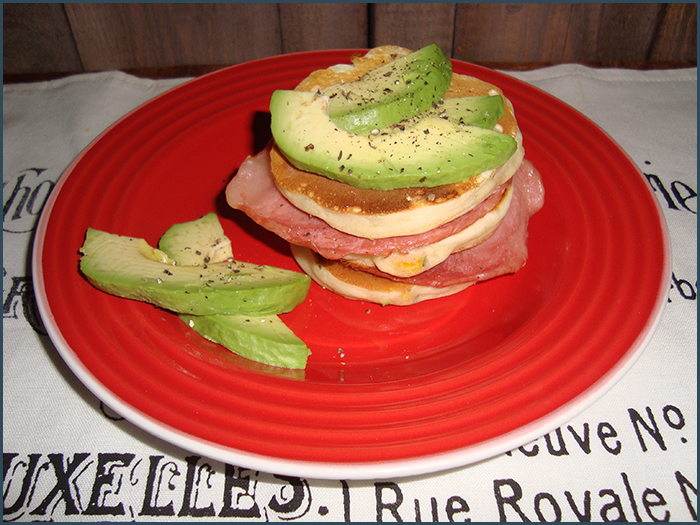 corn-flapjacks-with-bacon-and-avo-3