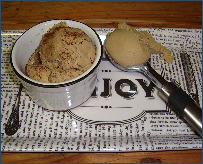 coffee-and-coconut-ice-cream-2