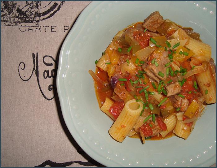 ... , 2014 beef green pepper pasta red onion rigatoni stock yellow pepper