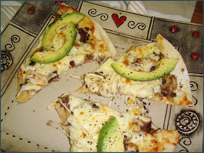 biltong-and-avo-pizza-1