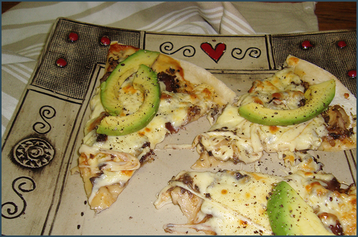 biltong-and-avo-pizza-3