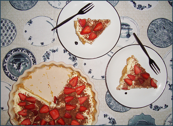 cheesecake-with-strawberries-and-chocolate-3