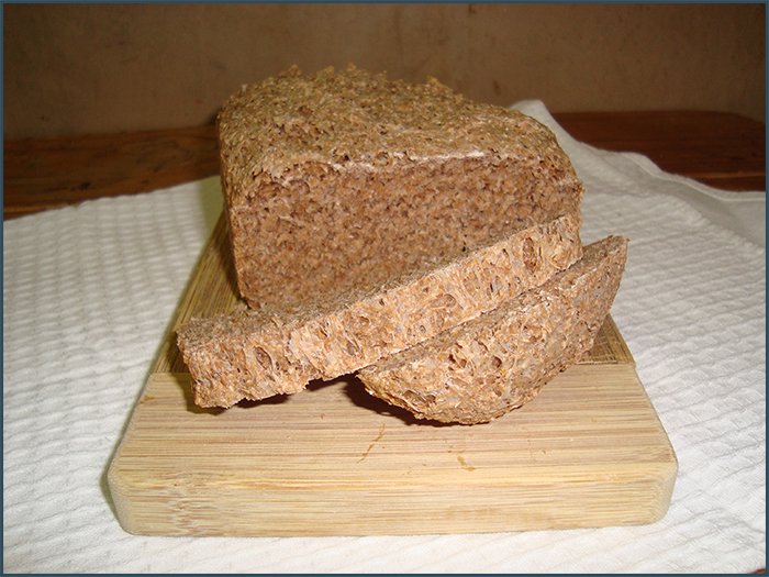 compact-brown-bread-1