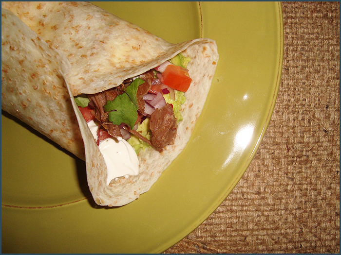 crockpot-spicy-beef-wrap-2