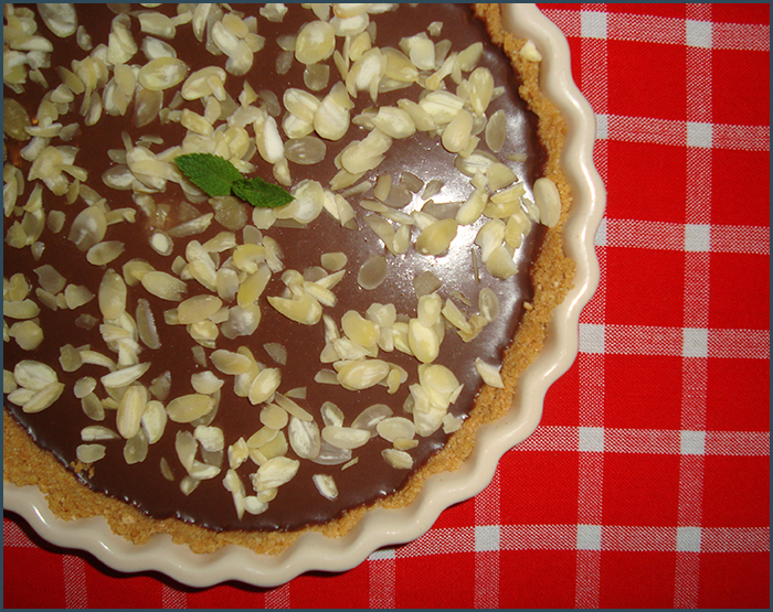 no-bake-chocolate-and-almond-tart-1