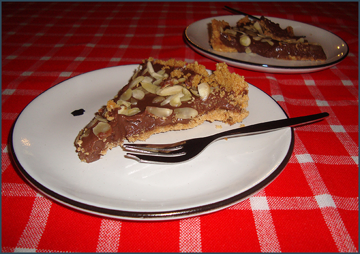 no-bake-chocolate-and-almond-tart-3
