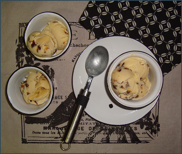 prune-and-sherry-ice-cream-1