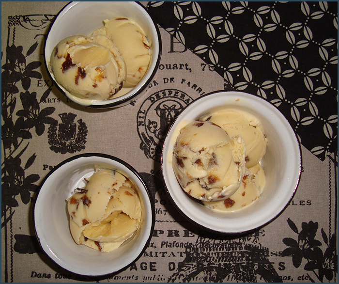 prune-and-sherry-ice-cream-2
