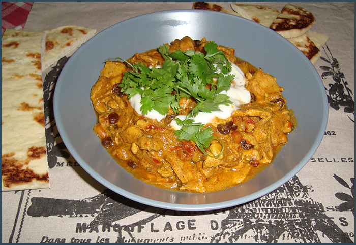 chicken-curry-with-peanuts-and-raisins-3
