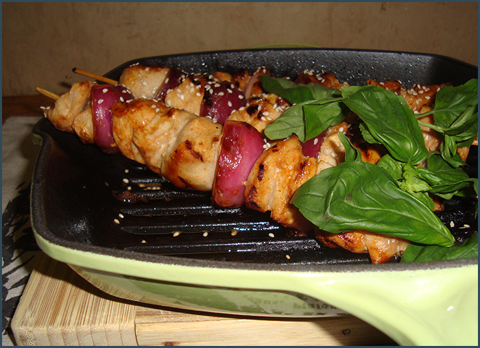 chicken-and-red-onion-skewers-3