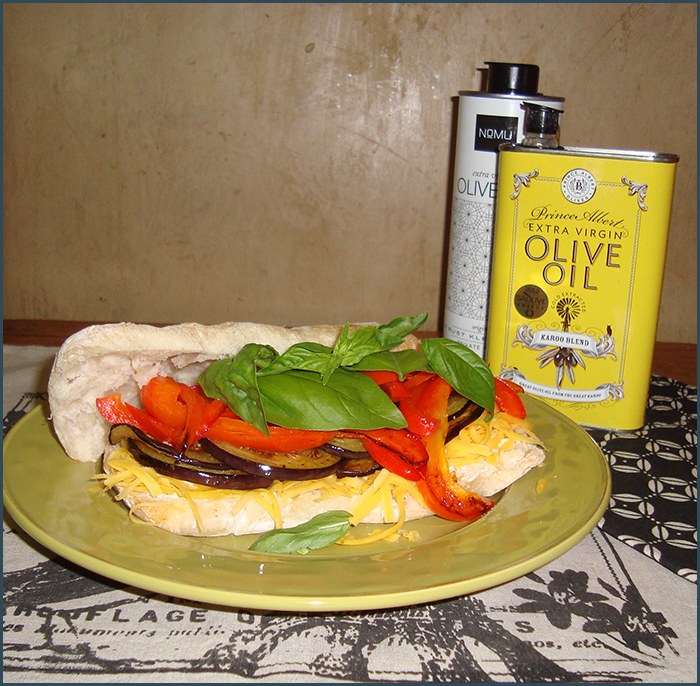brinjal-and-red-pepper-sandwich-1