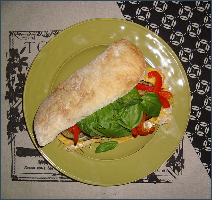 brinjal-and-red-pepper-sandwich-2
