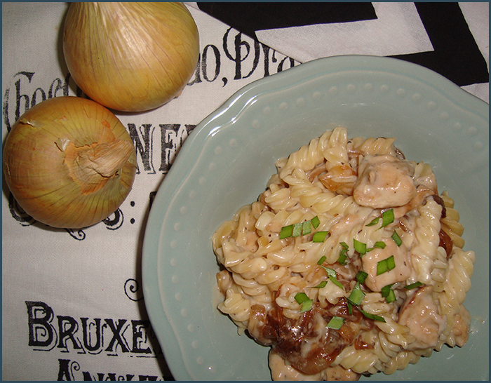 chicken-and-caramelised-onion-fusilli-3