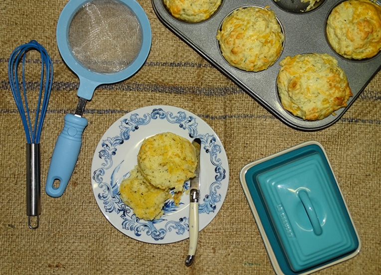 cheese-and-herb-muffins-1
