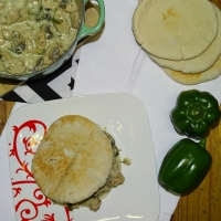 Chicken and mushroom pitas