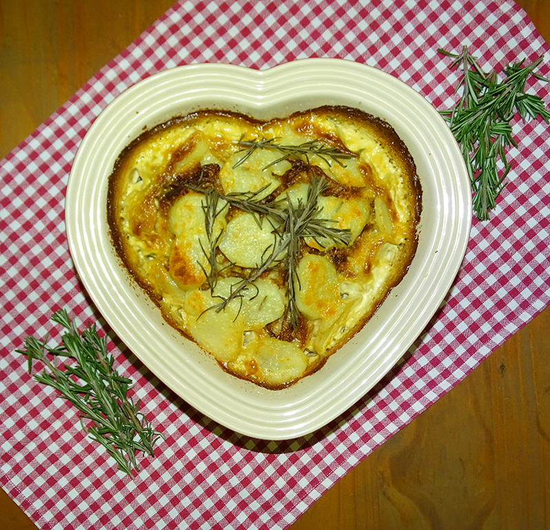 Potato and caramelized onion bake with rosemary – add some butter