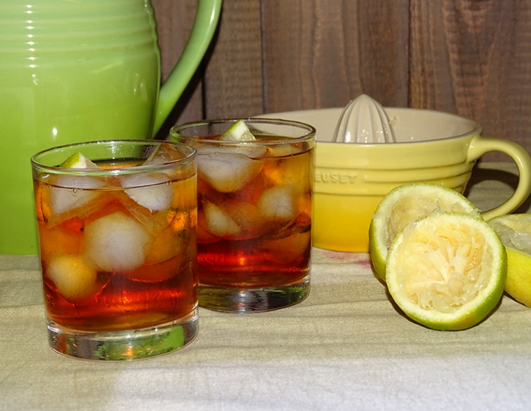 rooibos-iced-tea-with-lemon-and-honey-3