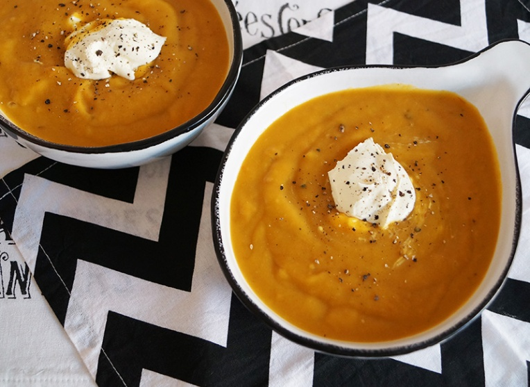 carrot-soup-with-creme-fraiche-1