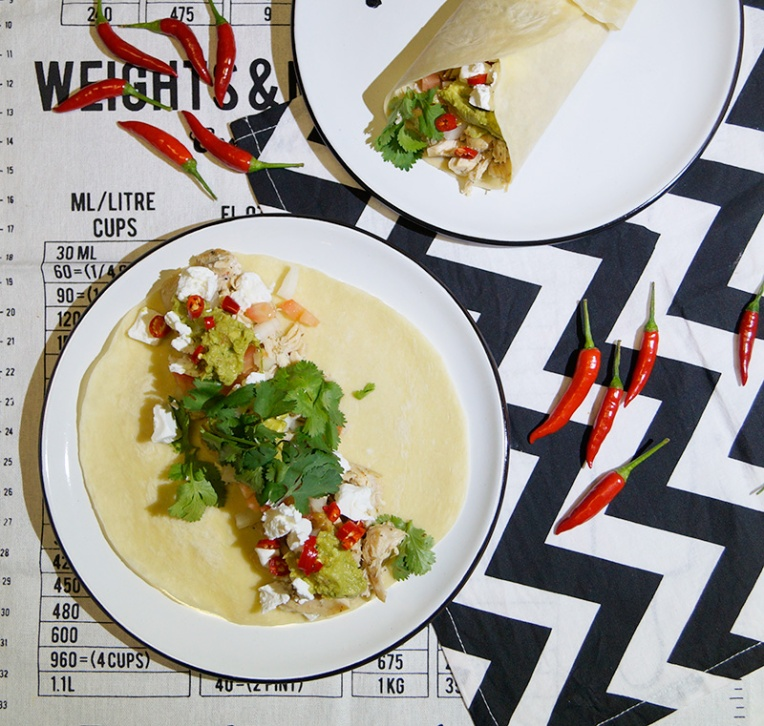 spicy-chicken-wrap-with-guacamole-and-feta-2