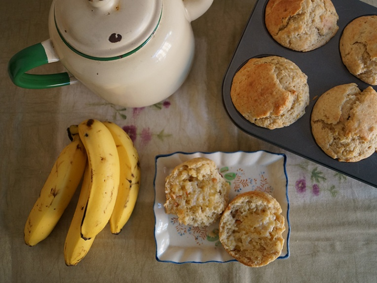 banana-and-peanut-butter-muffins-3