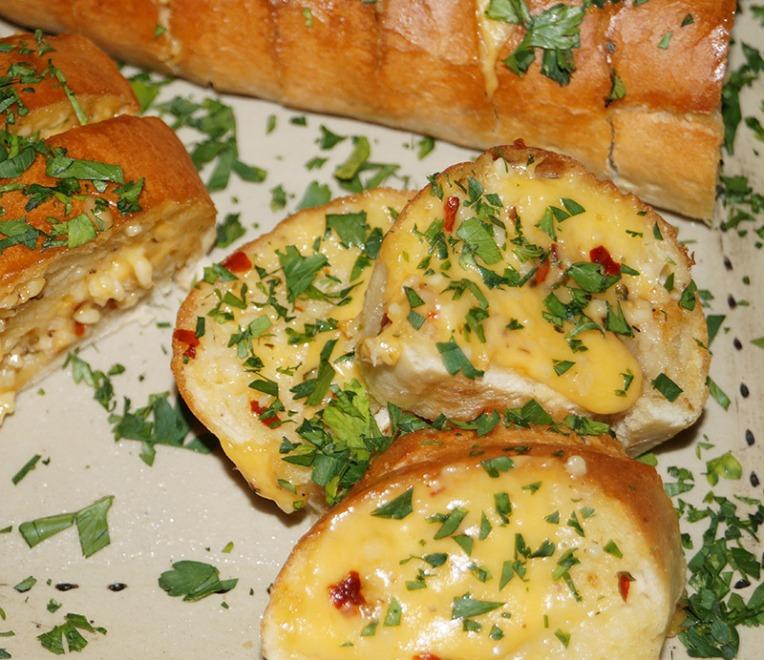 garlic-chilli-bread-2
