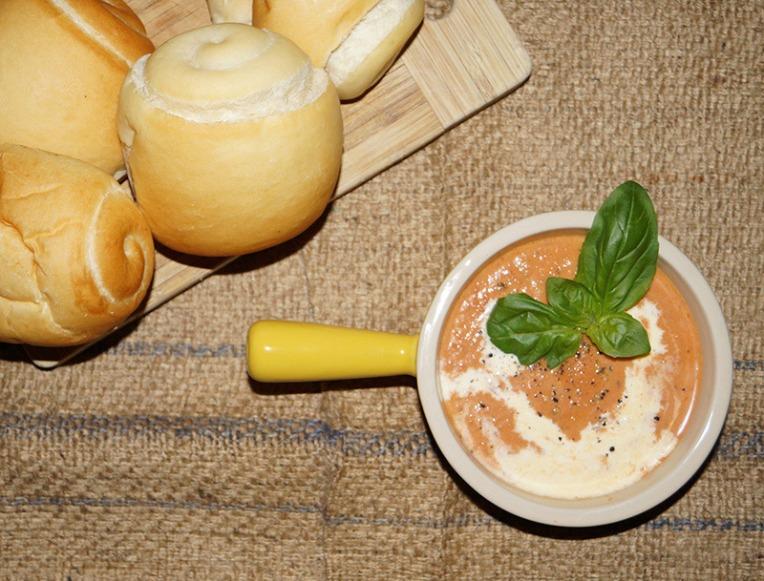 tomato-and-basil-soup