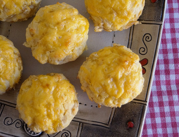 three-cheese-and-onion-muffins-1