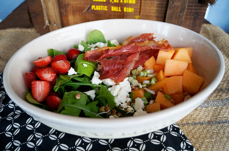 melon and strawberry salad with bacon and feta 2