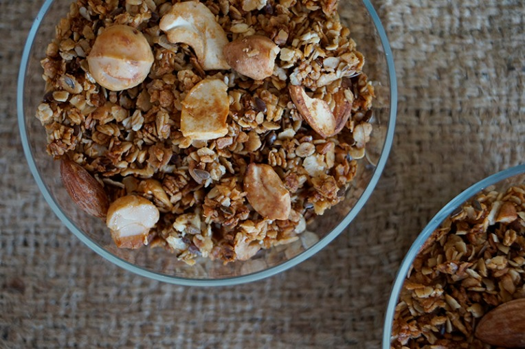 Mixed nut and honey granola 3