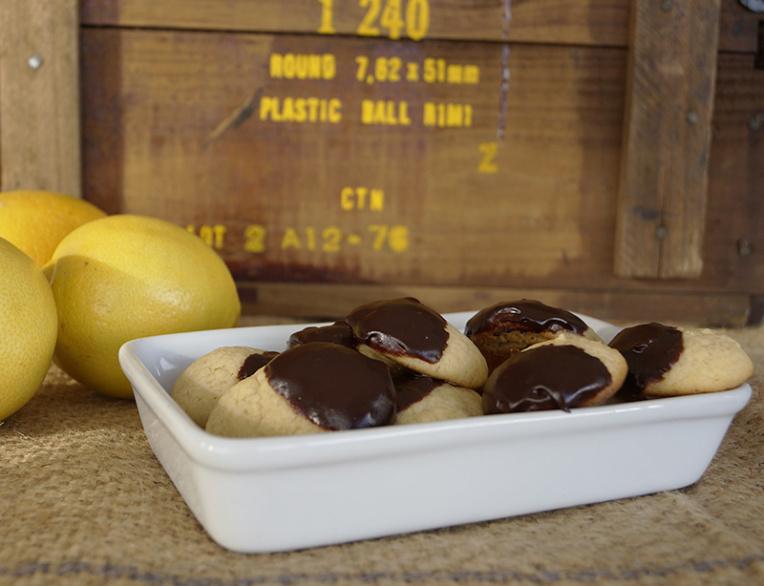 lemon-and-dark-chocolate-cookies1